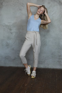 HIGH WAIST LINEN TROUSERS IN CREME BRULEE