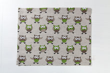 Load image into Gallery viewer, LINEN PLACEMAT OWL