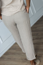 Load image into Gallery viewer, TAPERED LINEN TROUSERS IN NATURAL
