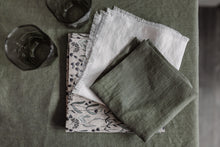 Load image into Gallery viewer, SET OF LINEN NAPKINS WITH LAVENDER