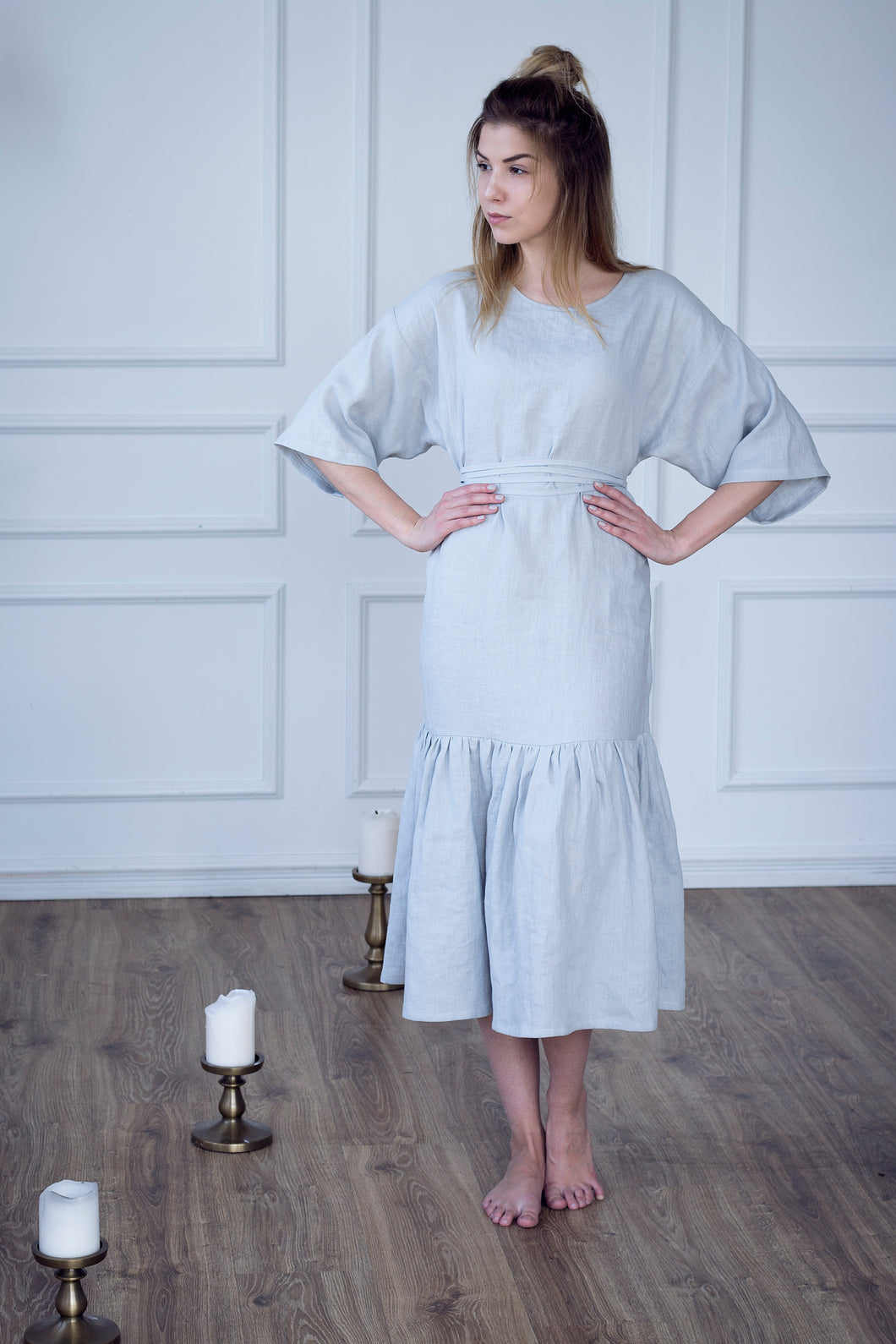 LONG LINEN DRESS WITH RUFFLES IN PEARL GREY