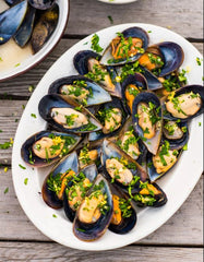 Half Shell Mussels