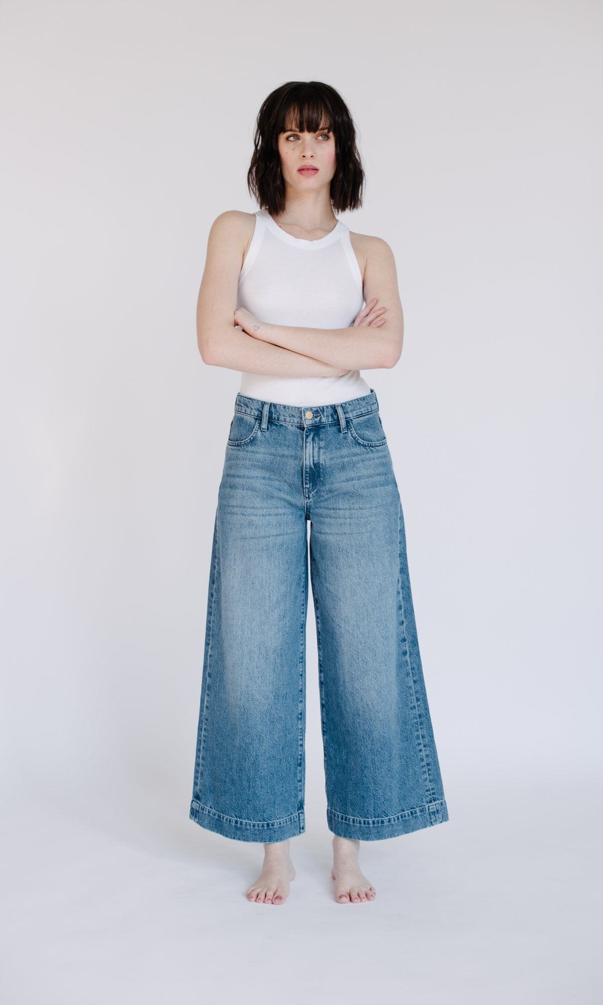 Extra Wide Straight Leg Cropped