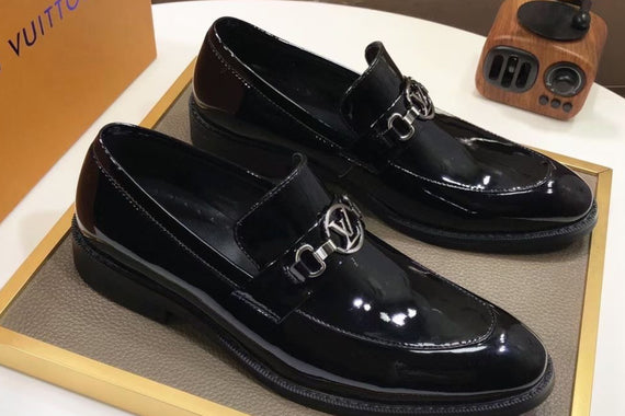 LV BRAND SHOES