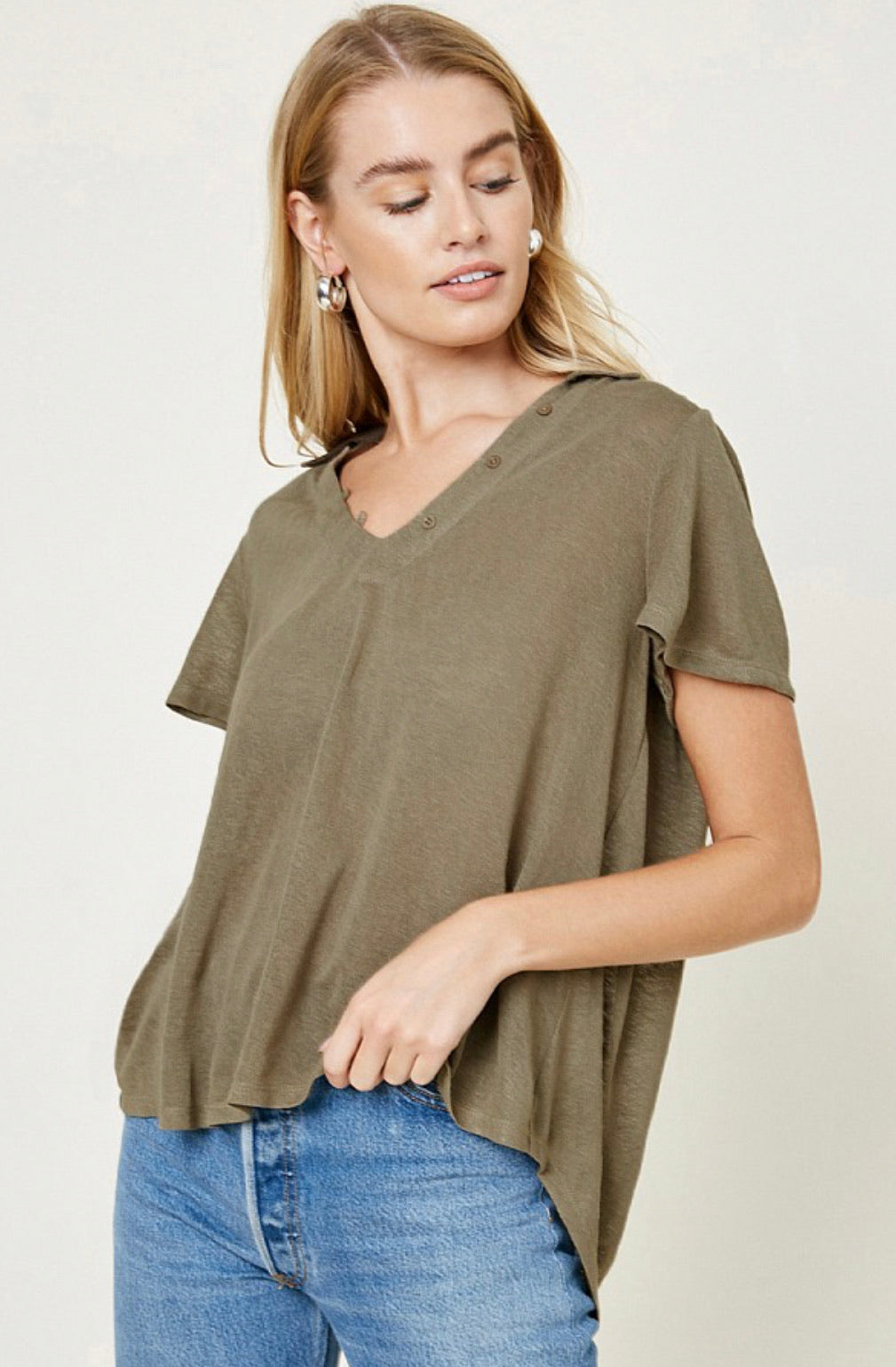 Collared V-Neck Top