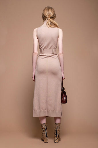 sleeveless long knit dress