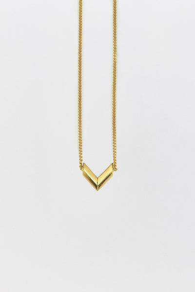 Fang (V) Necklace Gold