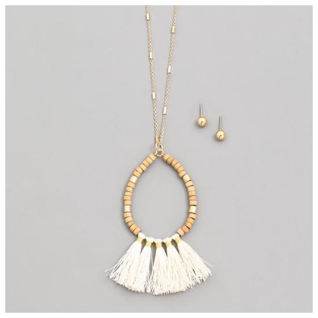 Tassel Ivory Gold Necklace