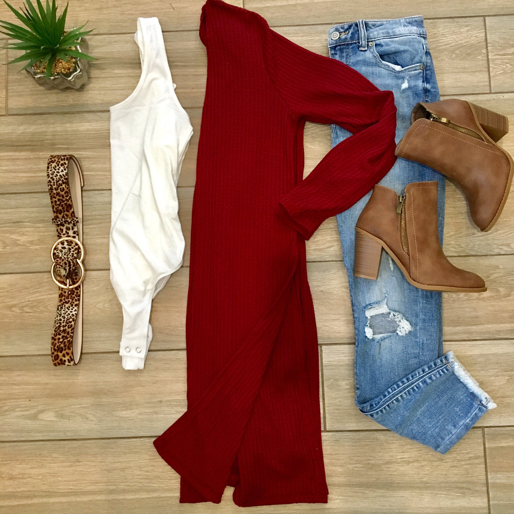 LINDY Dbl Slit Cardigan (Wine)