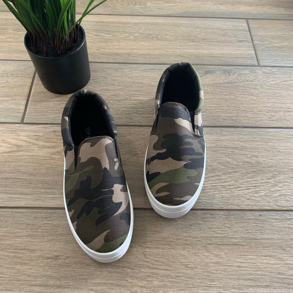 REINA Camo Slip Ons SIZE 9 Only