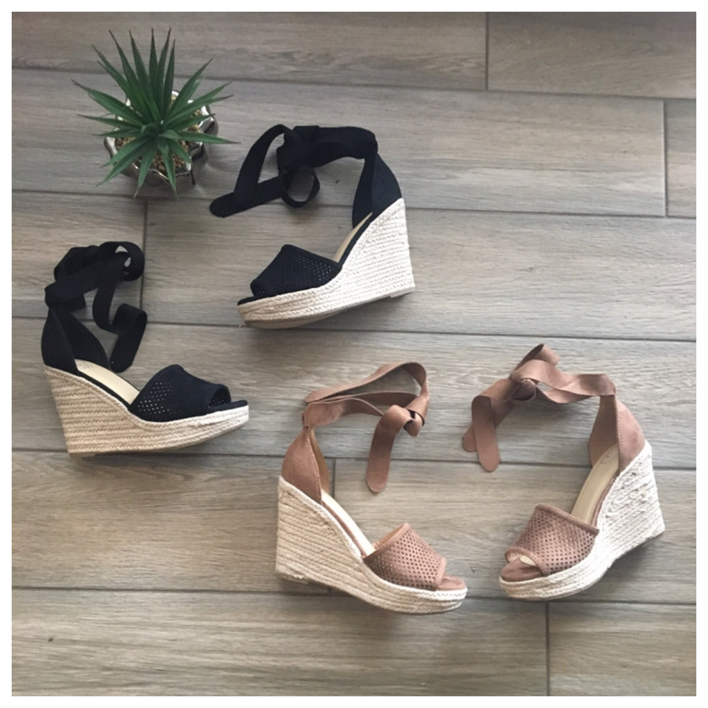 GISELLE Wedges (Black & Taupe)