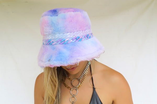 Pretty In Purp Fuzzy Bucket