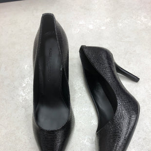 Primary Photo - BRAND: KARL LAGERFELD STYLE: SHOES HIGH HEEL COLOR: BLACK SIZE: 7.5 SKU: 172-172170-76837
