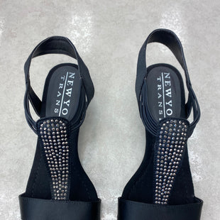 Primary Photo - BRAND:    CLOTHES MENTOR STYLE: SANDALS LOW COLOR: BLACK SIZE: 7.5 OTHER INFO: NEW YORK TRANSIT SKU: 172-172240-3426