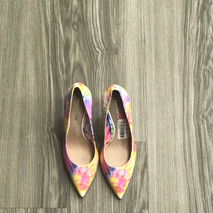 Primary Photo - BRAND: GIANNI BINI STYLE: SHOES HIGH HEEL COLOR: TIE DYE SIZE: 6.5 SKU: 172-172170-74289