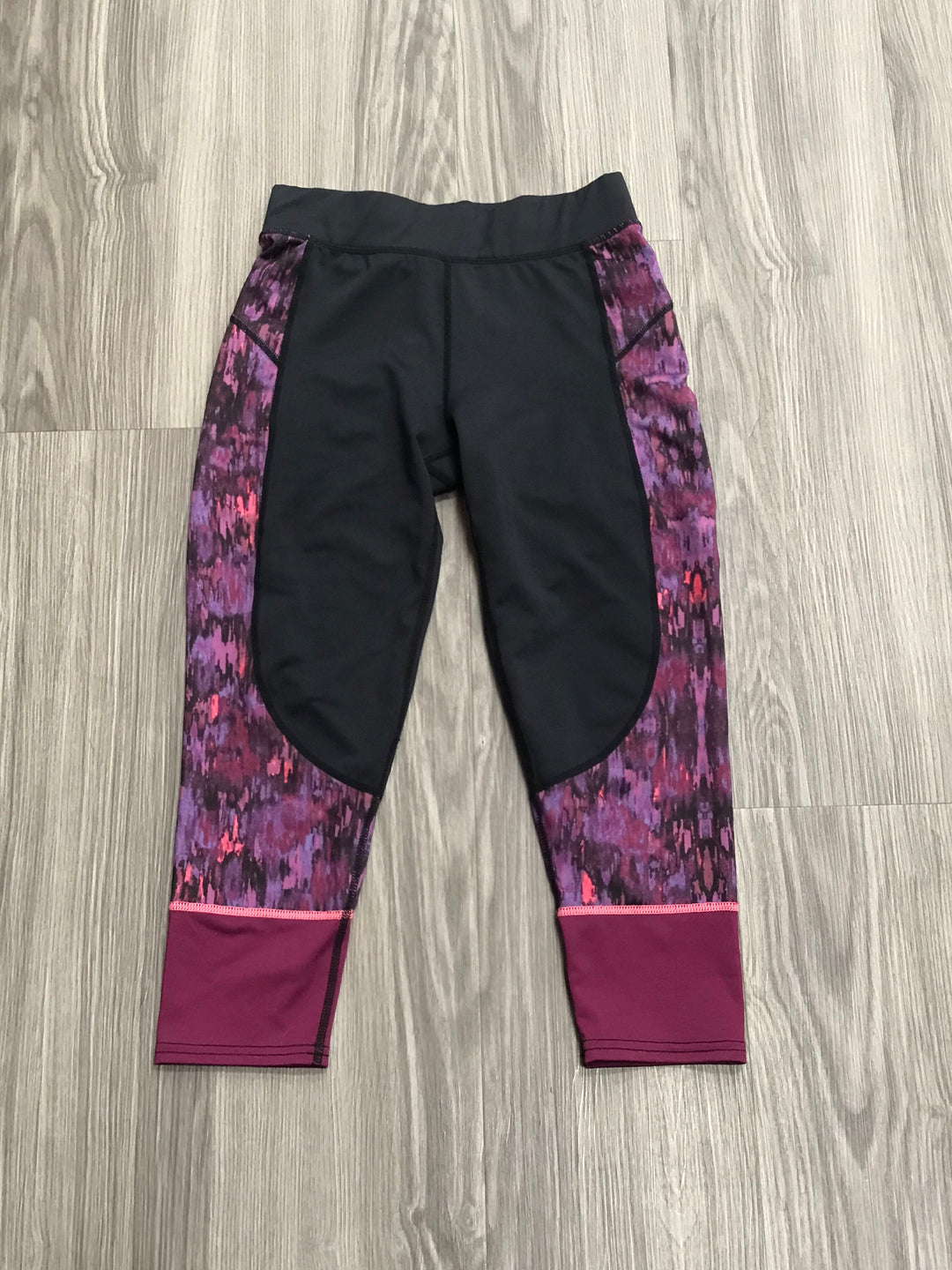 Primary Photo - BRAND: GARAGE <BR>STYLE: ATHLETIC CAPRIS <BR>COLOR: PURPLE <BR>SIZE: XS <BR>SKU: 172-172170-76105