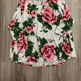 Primary Photo - BRAND: KIM & CAMI STYLE: TOP SHORT SLEEVE COLOR: FLORAL SIZE: 1X SKU: 172-172170-74931