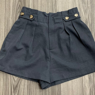 Primary Photo - BRAND:    CLOTHES MENTOR STYLE: SHORTS COLOR: GREY SIZE: M OTHER INFO: DRESS FORUM - SKU: 172-172170-76681