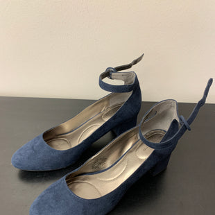 Primary Photo - BRAND: BANDOLINO STYLE: SHOES HIGH HEEL COLOR: NAVY SIZE: 8.5 SKU: 172-172170-76474