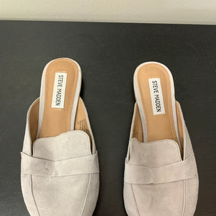 Primary Photo - BRAND: STEVE MADDEN STYLE: SHOES FLATS COLOR: GREY SIZE: 7 SKU: 172-172258-1457