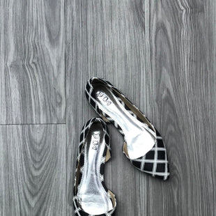 Primary Photo - BRAND: BRASH STYLE: SHOES FLATS COLOR: BLACK WHITE SIZE: 8 SKU: 172-172166-75114