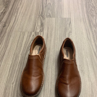 Primary Photo - BRAND: CLARKS STYLE: SHOES FLATS COLOR: BROWN SIZE: 10 SKU: 172-172242-5200