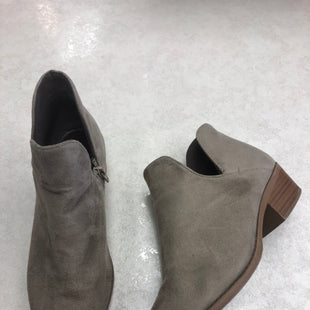 Primary Photo - BRAND: RUE 21 STYLE: BOOTS ANKLE COLOR: TAUPE SIZE: 8.5 SKU: 172-172166-74309