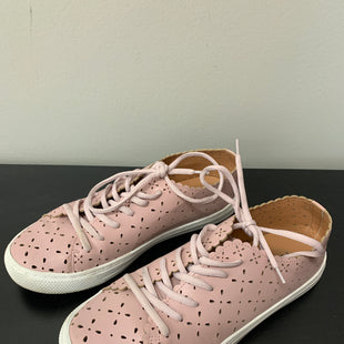 Primary Photo - BRAND: TORRID STYLE: SHOES ATHLETIC COLOR: PINK SIZE: 10 OTHER INFO: AS IS SKU: 172-172170-76915