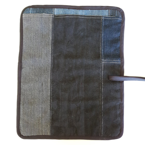 Ritual Wraps - Our 5 pocket wraps are perfect for transporting your tools on the move. Made from our RePurposed Denim Fabric & our own screen printed cotton lining.  Hemmed in black poly cotton binding.  Measurements (approx)  Mat: 36 x 28cms  Pockets: 5.5, 4, 5, 5, 5.5