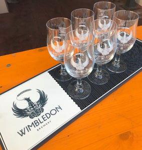 WIMBLEDON BREWERY BAR RUNNER AND 6 STEM GLASSES