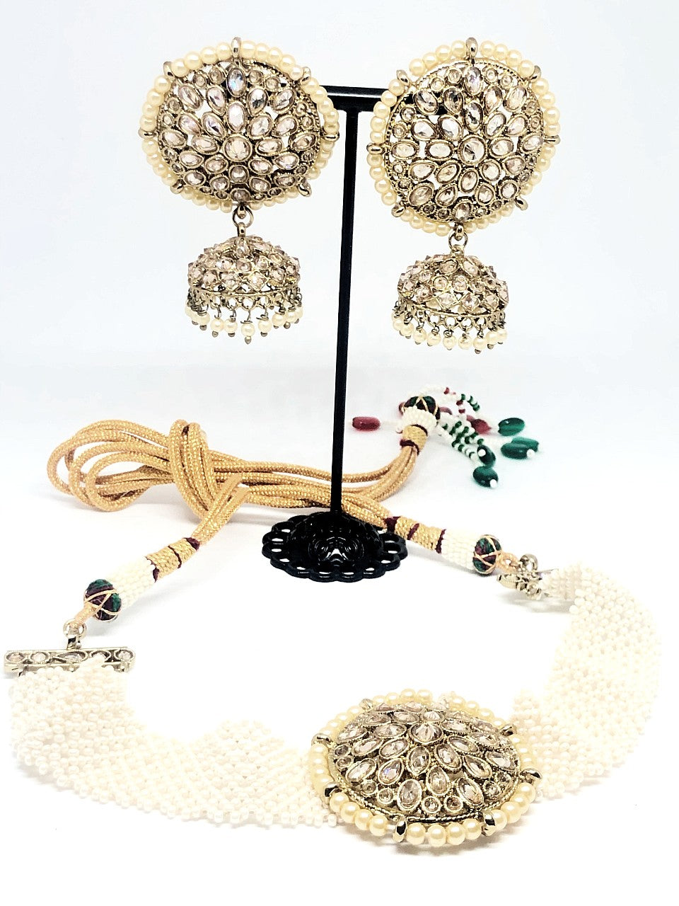 || EESHA || Gold Round White Pearl Necklace with Earrings