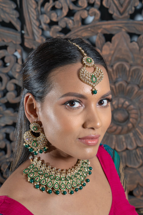 || TAWNEY || Green Indian Choker with Earrings & Tikka in Green Beads