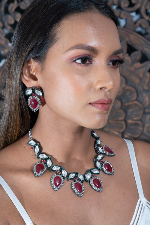 || NARLA WINE || Western Style Necklace with Earrings in Wine Coloured Kundan Stones