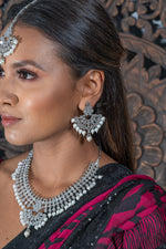 || CHAVVI || Silver Necklace with Earrings & Tikka with White Pearls