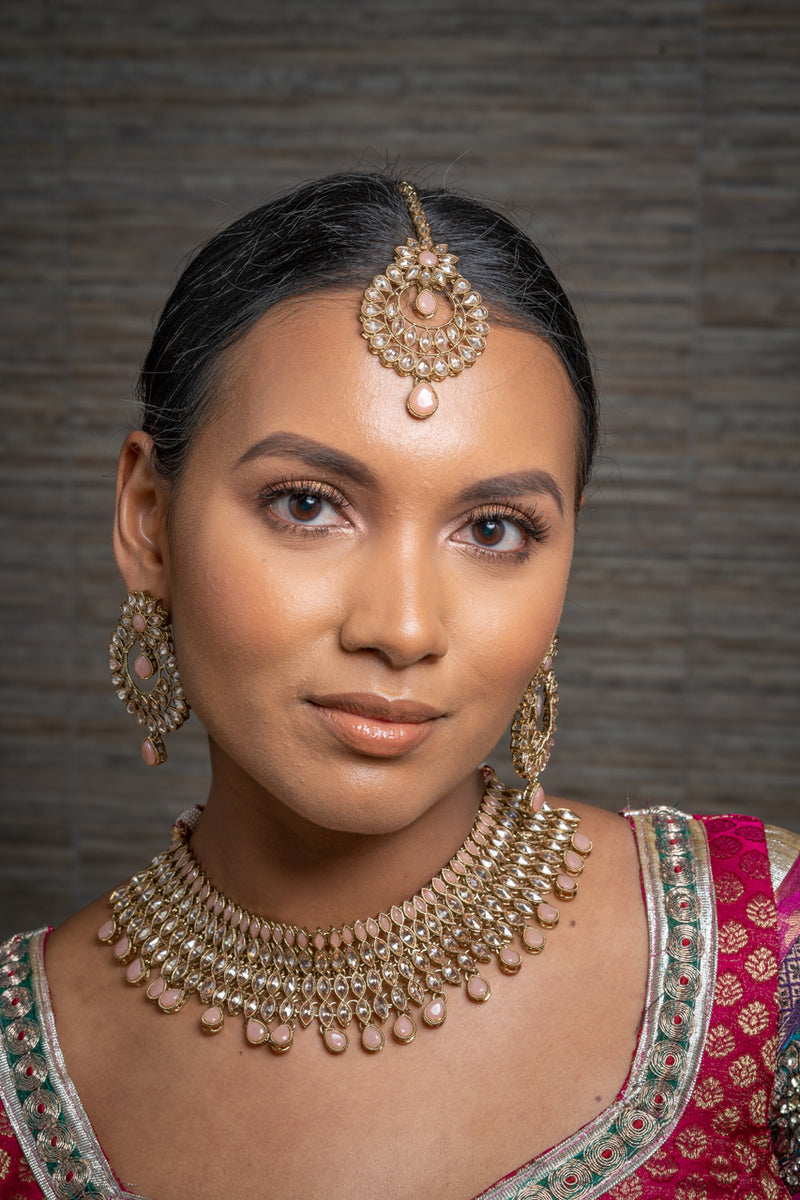 || ANANYA || Peach Gold Indian Necklace, Earrings & Tikka