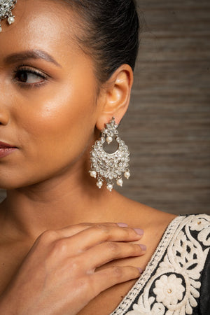 || SHAKTI || Silver Tikka with Earrings with White Stones