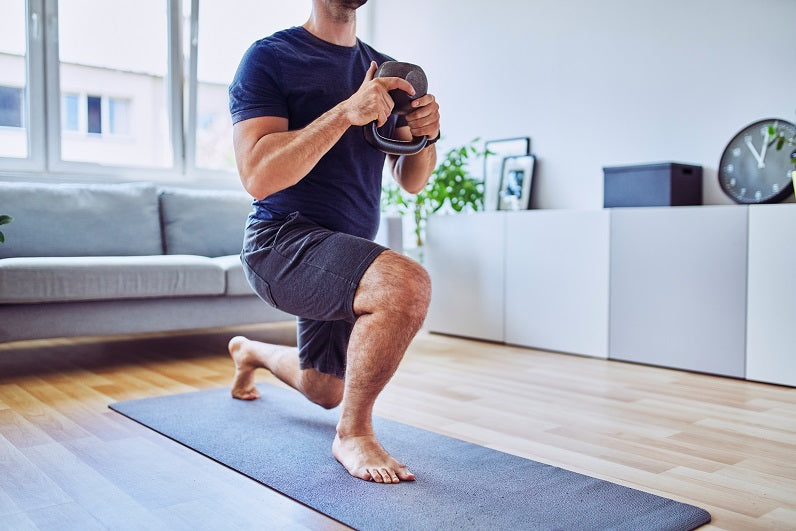 Kettlebell-Lunge-in-Lounge