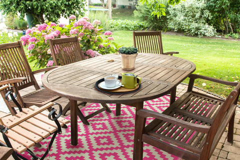 Pink rug for decking from Green Decore