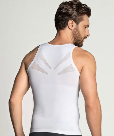 Men's compression tshirt smoothes the torso