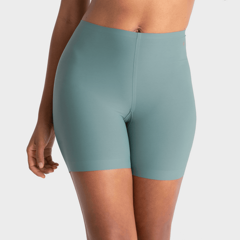 EVELYN AND BOBBIE LONGLINE GIRLSHORT
