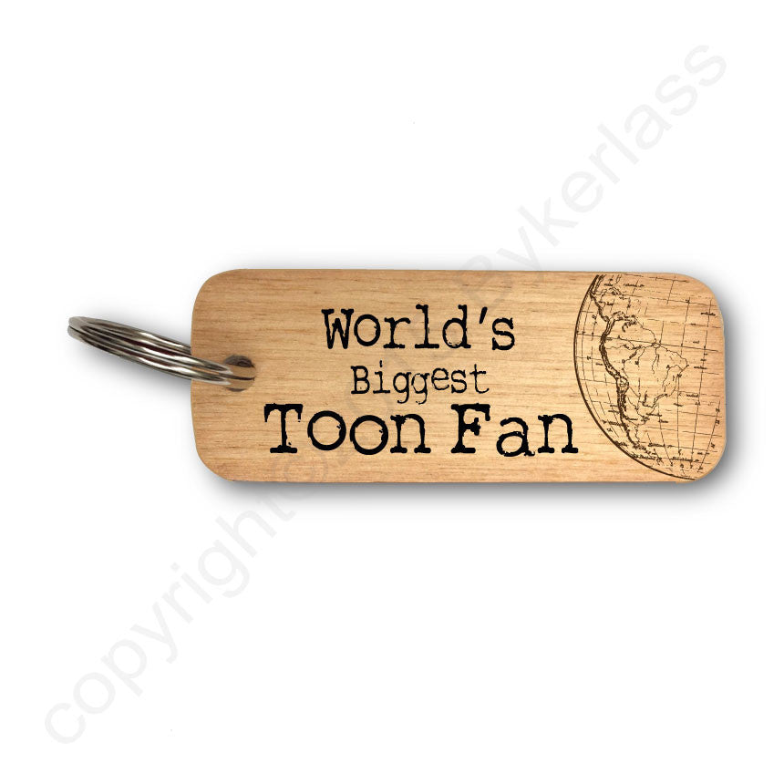 World's Biggest Toon Fan Rustic Wooden Keyring