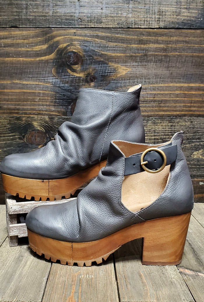 Free People Charcoal Suri Clog
