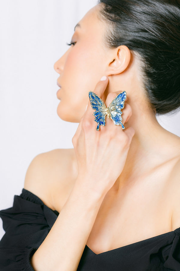 Single butterfly HOPE ring