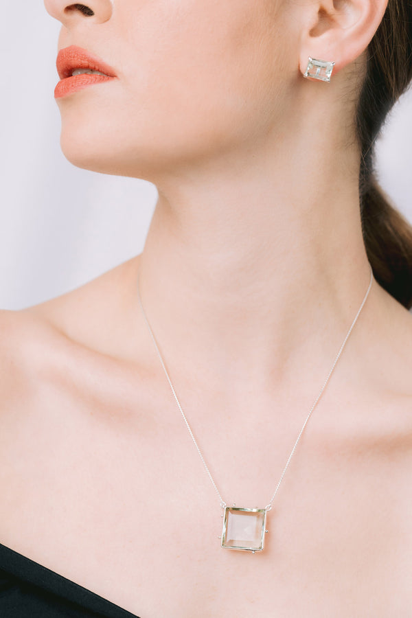 Granulated square necklace
