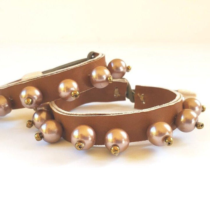 Adjustable leather bracelet/ anklet / necklace with faux pearls