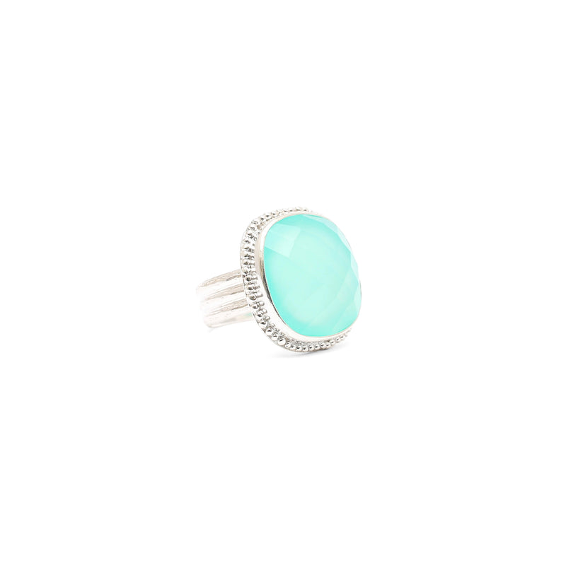 Granulated chalcedony ring with textured shank