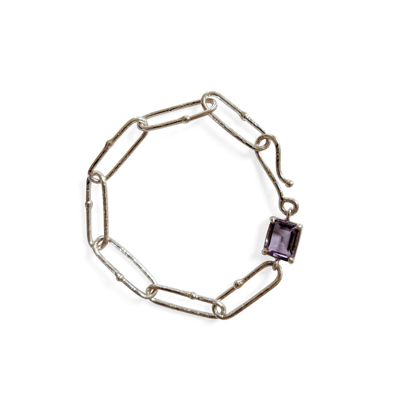 Long link textured bracelet w amethyst accent