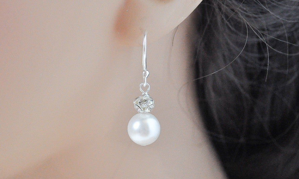 Missy Earrings // Pearl Bride Earrings / Pearl Wedding Jewelry / Pearl Dangle Earrings