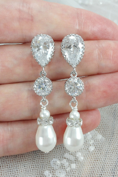 Jasmine Earrings // Chandelier Earrings / Pearl Bride Earrings / Bride Teardrop Earrings