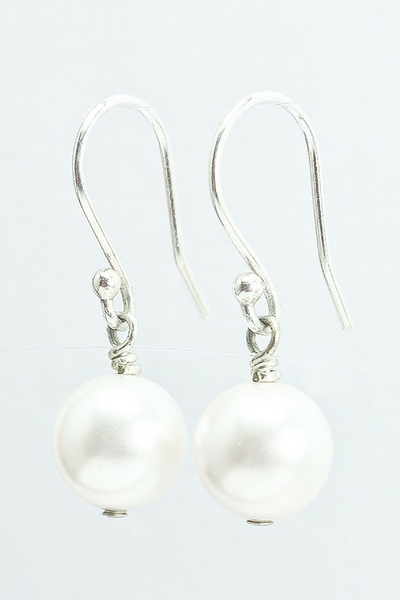 Emma Earrings // Pearl Dangle Earrings / Bridal Pearl Earrings / Pearl Wedding Earrings